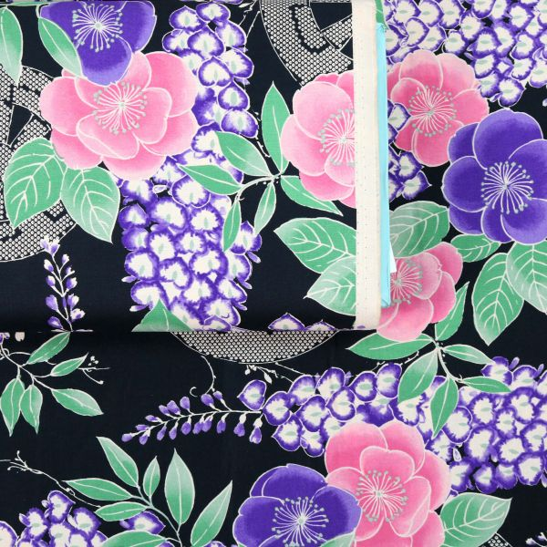 Fuji Flowers - Black