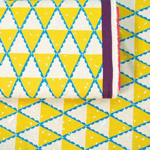 Yellow Triangle - Echino